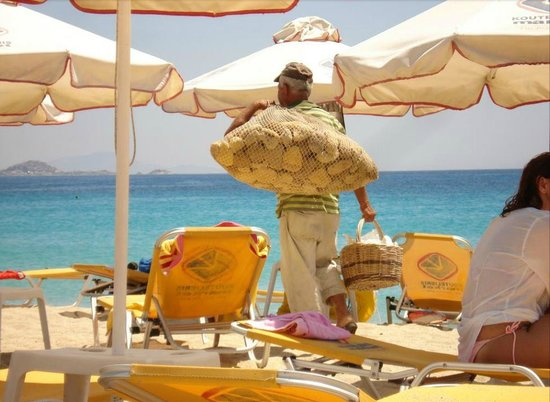 Sunset Studios on the Beach: Agios Prokopios Beach, 30m from Sunset studios