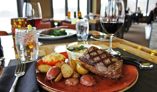 The Hunt Club Steakhouse: Dinner for two