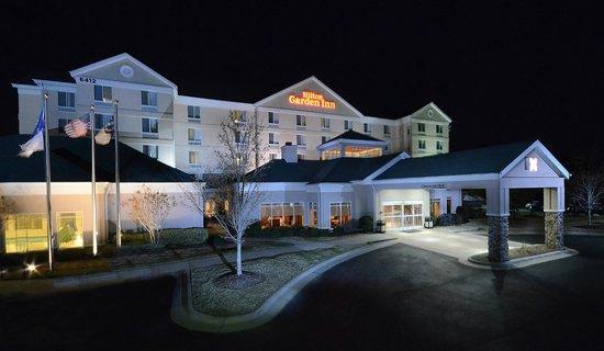 Hilton Garden Inn Raleigh Triangle Town Center Exterior