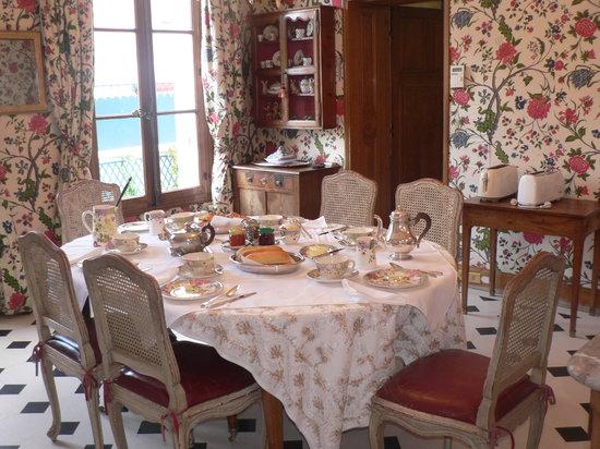 Manoir de Beauregard : Petit déjeuner