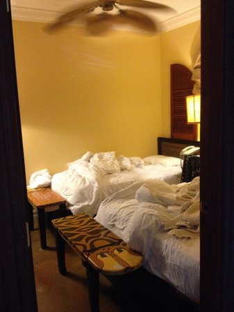 Pelican Bay at Lucaya: State Room Double Room (1twin 1full)