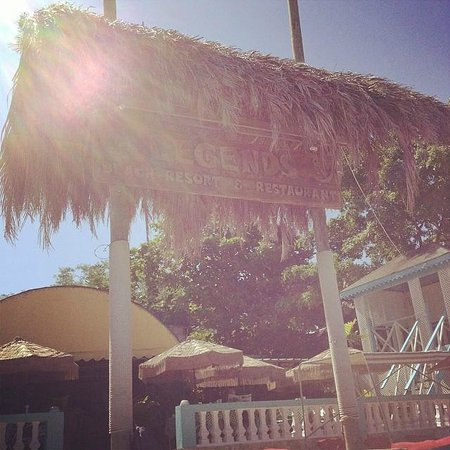 Legends Beach Hotel: Legends