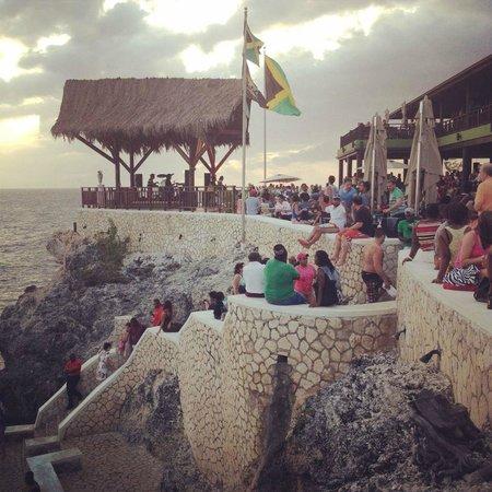 Legends Beach Hotel: Rick's Cafe