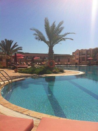 Hotel & Club Lella Meriam : La piscine