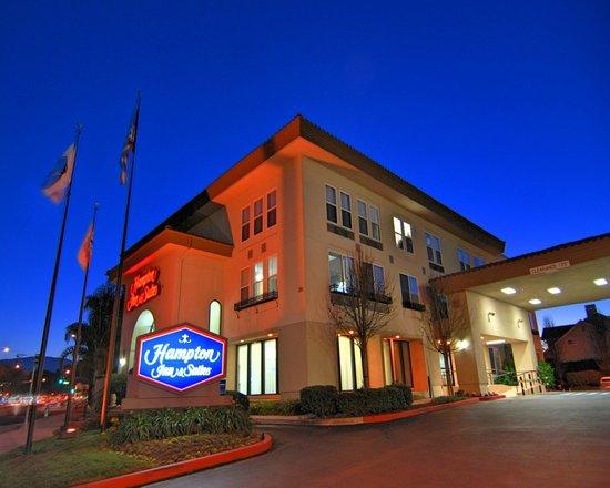 Hampton Inn & Suites Mountain View: Exterior
