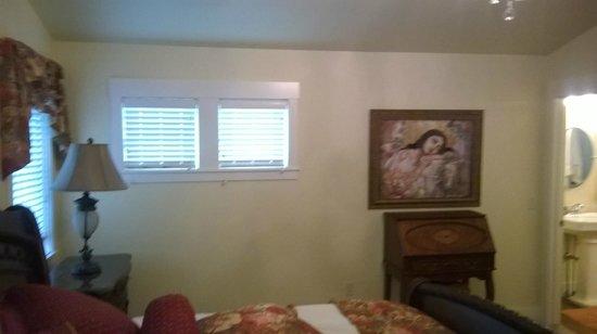 The Crossings Bed & Breakfast : view of Josephine Room