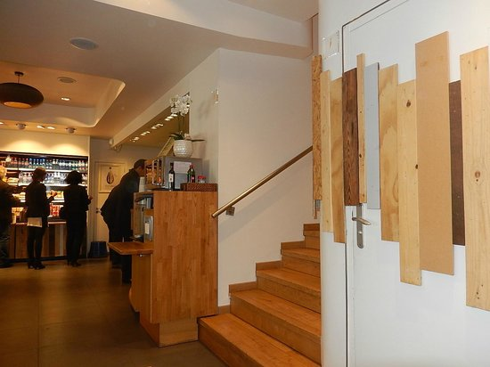 EXKi Italiens: EXKI - Intérieur du restaurant
