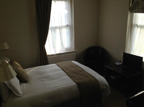 Best Western Forest & Vale Hotel : Bedroom