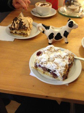 Ella's Yummy Delights: Our cakes & a cow milk jug.