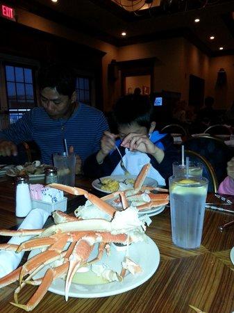 Captain George's Seafood Restaurant KDH : Yummmm, Crab Legs!