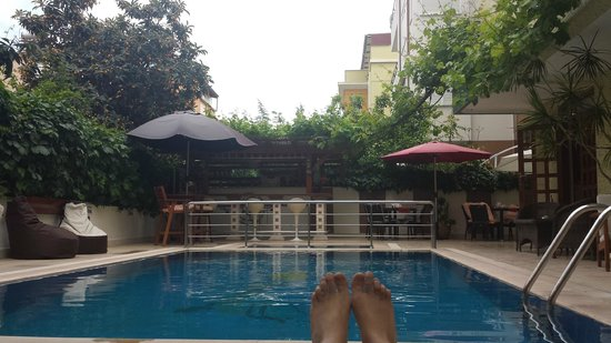 Beyaz Melek Hotel: Swimming pool