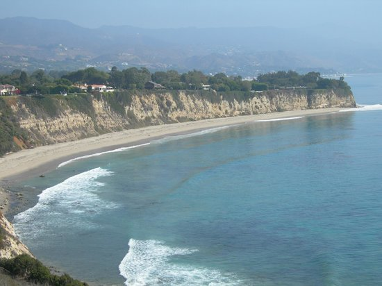 Point Dume State Beach and Preserve: Cliffside south view