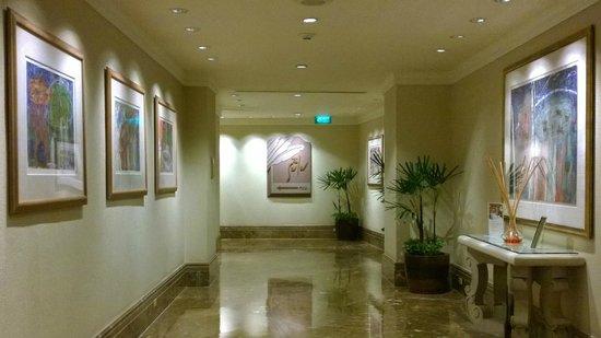 Sheraton Grande Sukhumvit, A Luxury Collection Hotel : Towards pool
