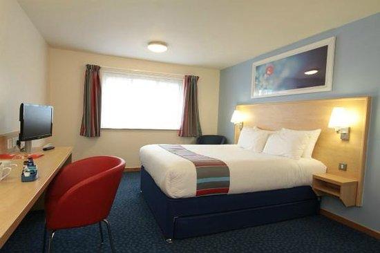 Travelodge London Romford: Double bedroom