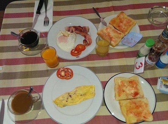 First resort albergo: Завтрак, максимально доступный выбор