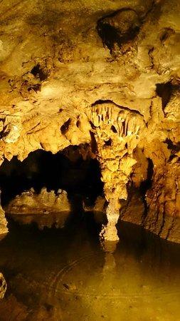 Maki Cave : 内部の写真