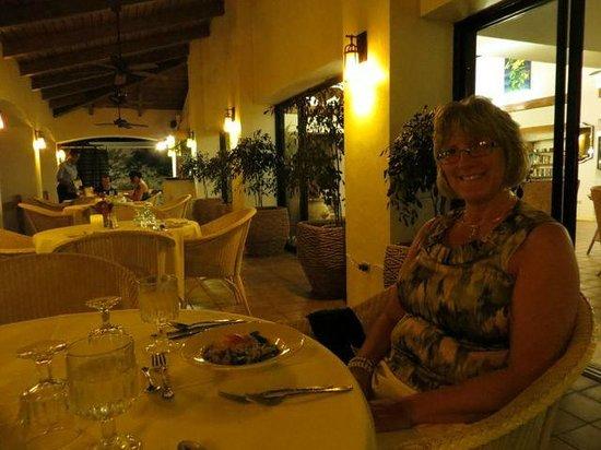Mount Nevis Hotel Restaurant: Appetizer (existing light)