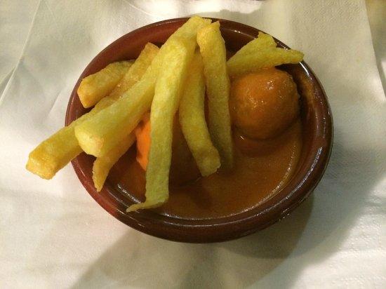 Restaurante Atalaya. Asador y Cocina Marroqui: Albondigas de mero
