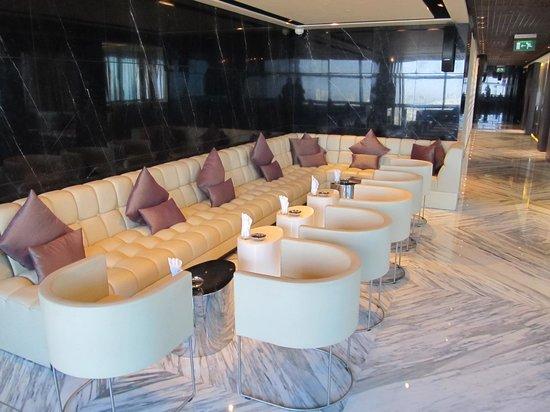 Ray's Bar : Internal seating area