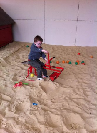 Playdale Farm Park: Playing in the sand