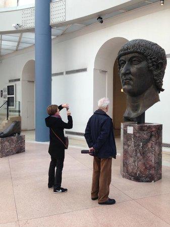 Kapitolinische Museen: Esedra di Marco Aurelio