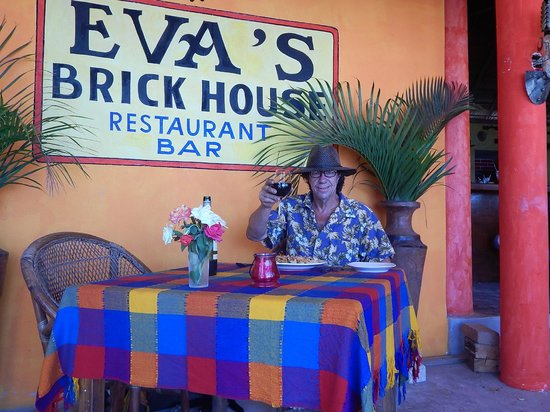 Eva`s Brickhouse: Seeing how the other side lives!
