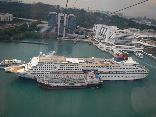 Fly Over Cruise Ships  Picture Of Singapore Cable Car