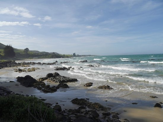 Nugget Point/Tokata Walks: Coastal road to Nugget Point