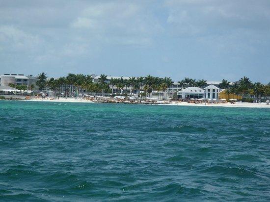 Memories Grand Bahama Beach and Casino Resort : .