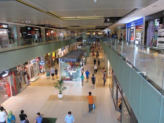 Marina Mandarin Singapore : Einkaufszentrum angegliedert