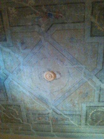 armadio e comodino - Foto di B&B Il Magnifico Soggiorno, Firenze ...
