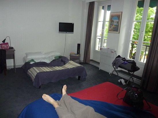 Hôtel Le Richelieu: chambre 105 (4 personnes)