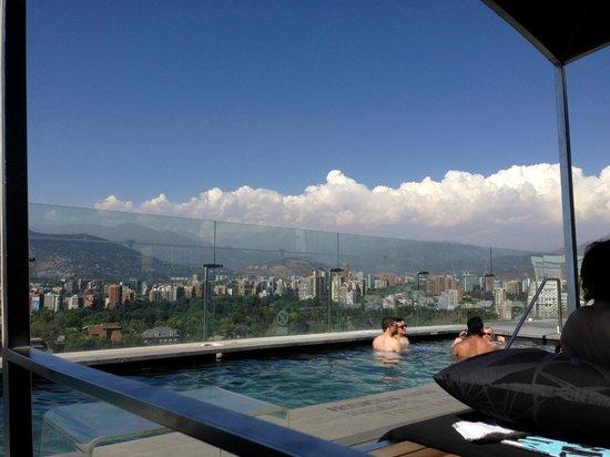 W Santiago: Rooftop pool