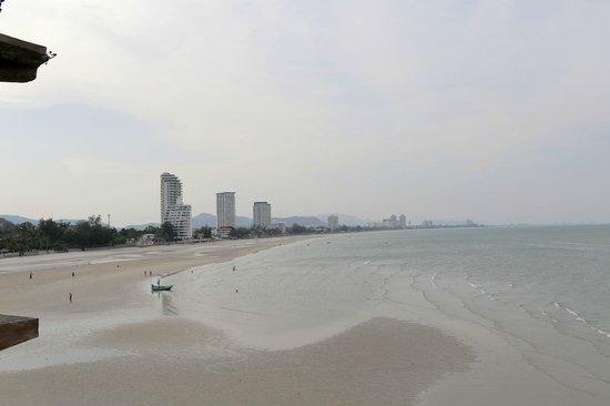 Supatra Hua Hin Resort: View of the bay Hua-Hin