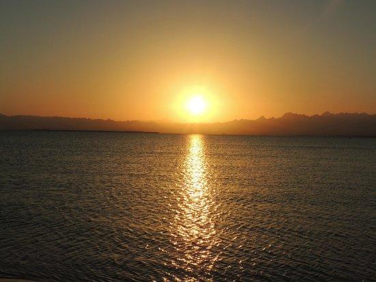 Sheraton Soma Bay Resort: every evening an amazing sunset