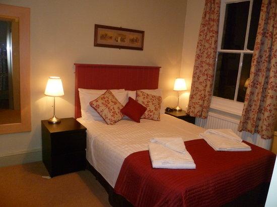 Castle Inn: Warwick Room