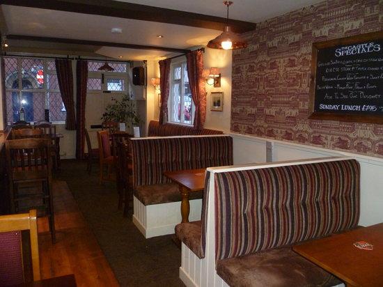 Castle Inn: Lounge Bar