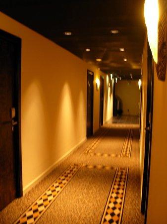 Hotel Victoria : corridoio