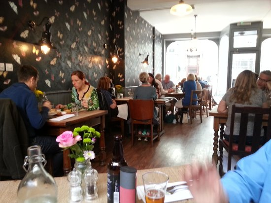 Deeson's Restaurant: busy lunchtime