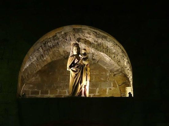 Saint-Vincent -- Saint-Malo : Мадонна на крепостной стене