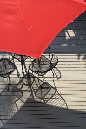 Discovery Inn: Sun Deck