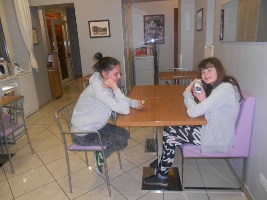 Hotel Alius : breakfast room