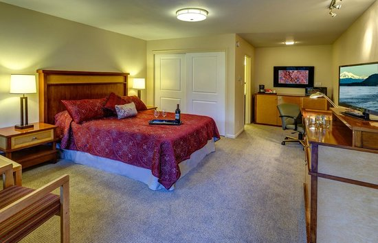 Discovery Inn: Newly renovated single queen room