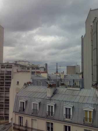 Novotel Paris Centre Gare Montparnasse: View from the Room
