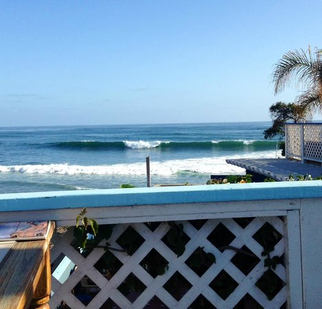 Robert's K38 Surf Motel : View of Teresa's surf spot out front