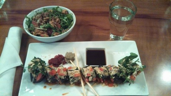 Christopher's Kitchen: Vegan Sushi and Quinoa and a side salad.