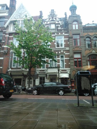 Quentin Amsterdam Hotel: Frente do Hotel
