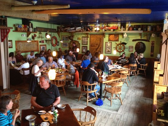 Silas Dent's Steakhouse: Dining room
