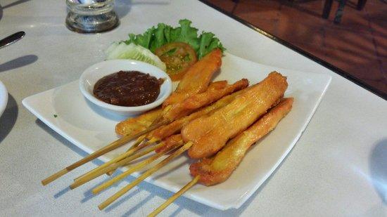 Tom Yum Kung Restaurant, Phnom Penh : Chicken satay