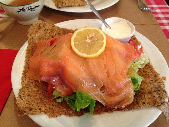 Crêperie Brocéliande : Smoked salmon